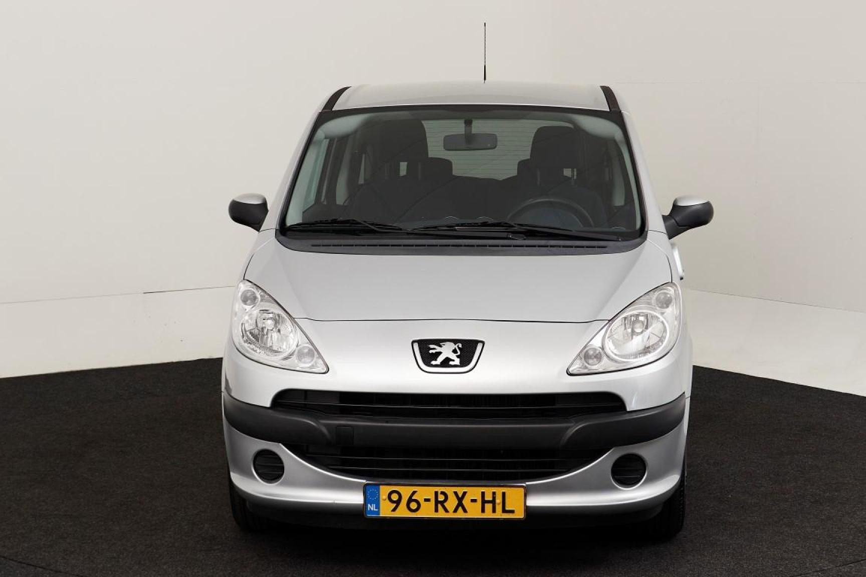 Peugeot-1007-9