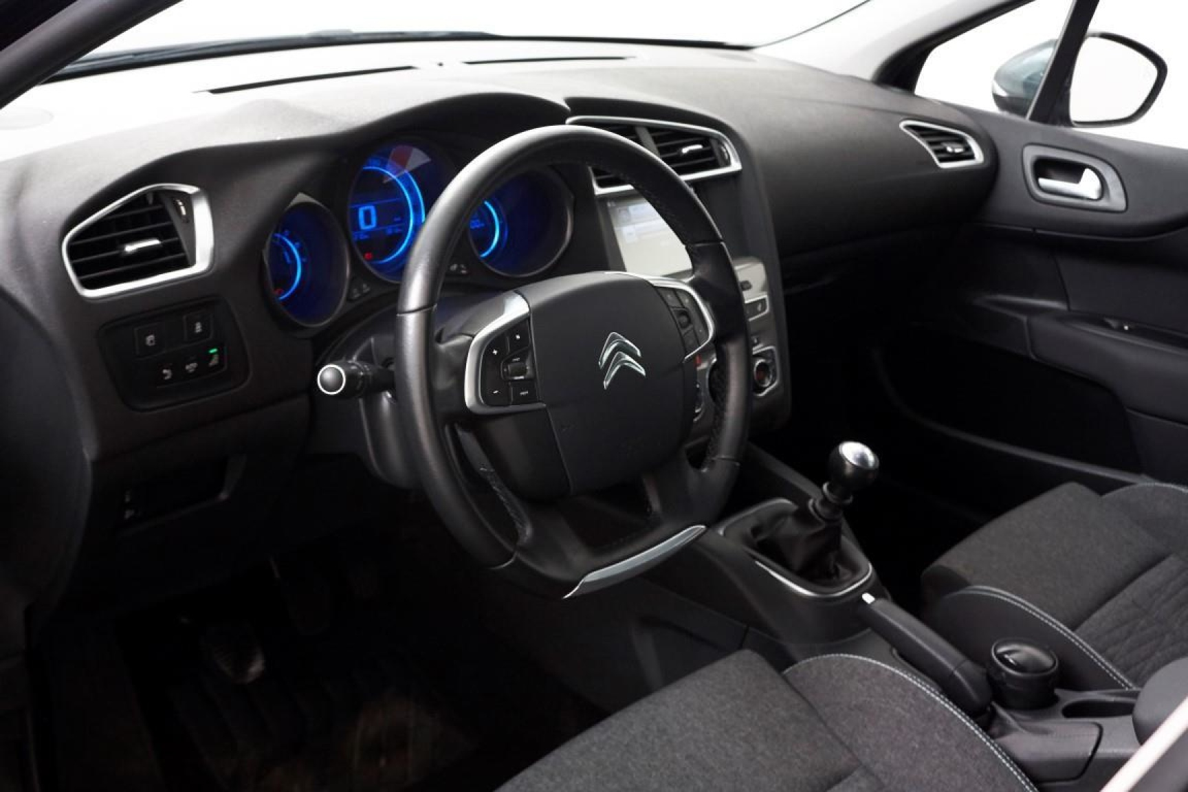 Citroën-C4-4