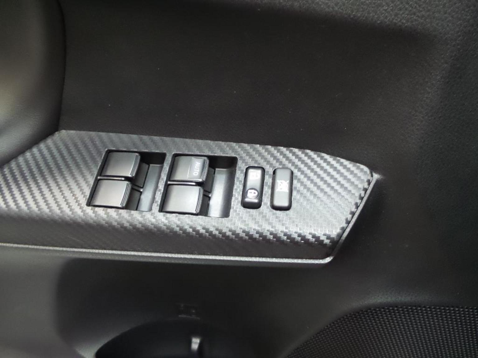 Toyota-RAV4-13
