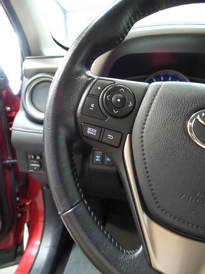 Toyota-RAV4-10