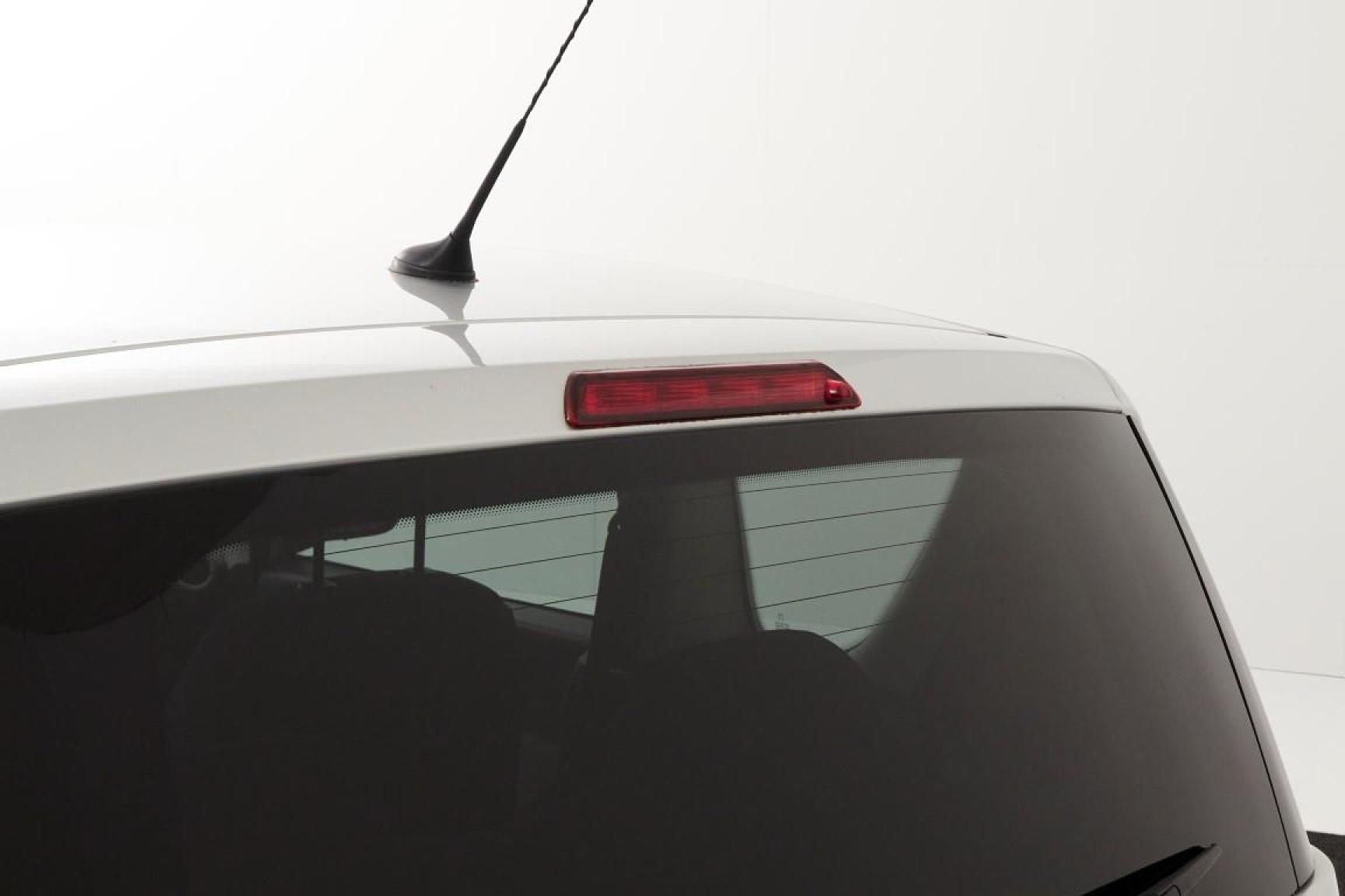 Peugeot-1007-21
