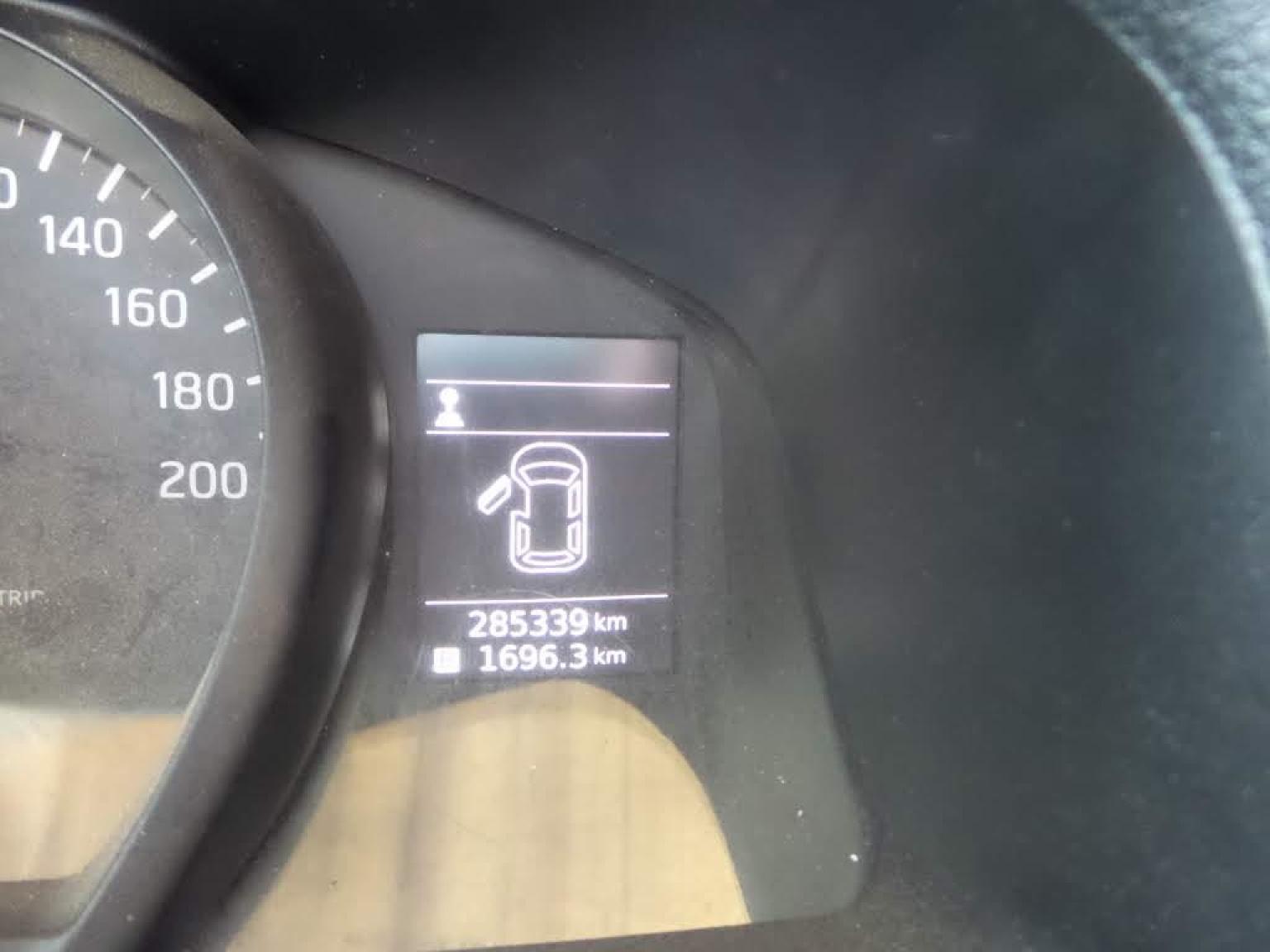 Nissan-NV200-7