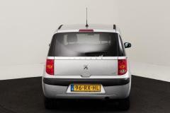 Peugeot-1007-13