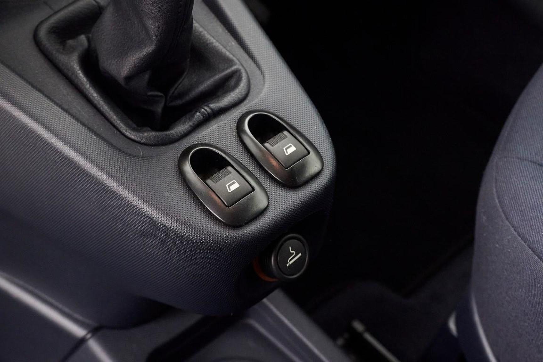 Peugeot-1007-23