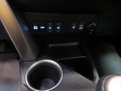 Toyota-RAV4-7